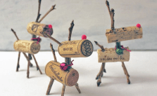 How to Make A Wine Cork Reindeer For Christmas