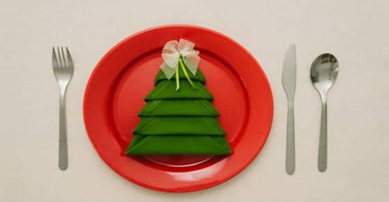 Learn the Christmas Tree Napkin Fold Technique