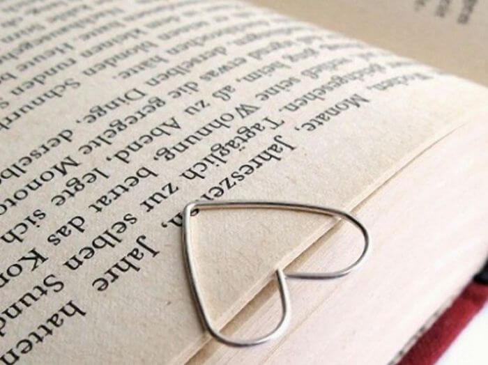 Valentine's Day Diy Gifts, heart-shaped bookmark