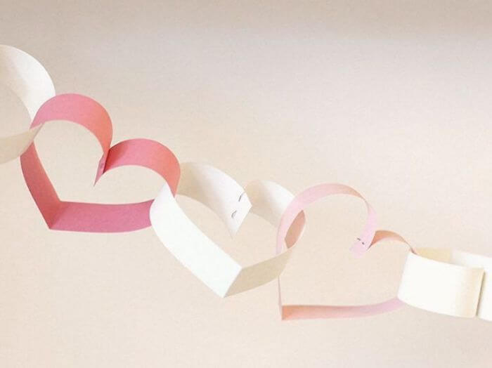 Valentine's Day Diy Gifts, garland of hearts