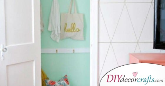 The Best Inexpensive Home Decor Idea: Just Grab A Paint Brush!