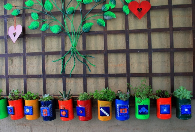 12 Creative Ways To Turn Tin Cans Into Adorable Little Things For Your Home