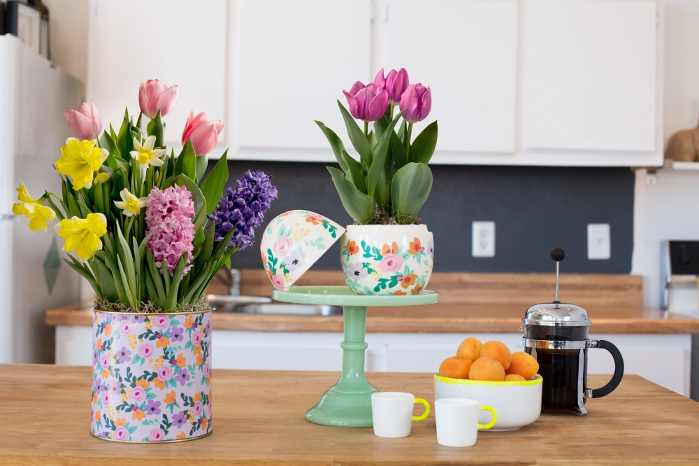 23 Cute And Easy Designs To Decorate Your Home With Flowers