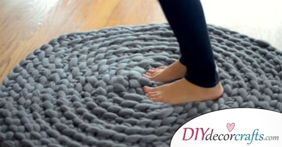 How to Crochet Giant Circular Wool Rugs Without Sewing