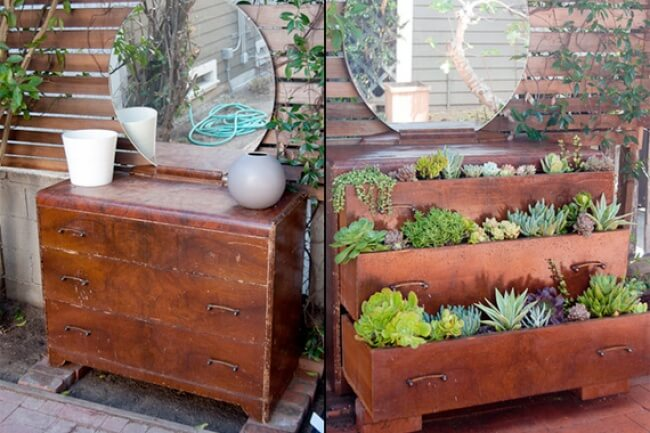 Don't Miss These 15 Cool Simple Crafts For Your Garden!