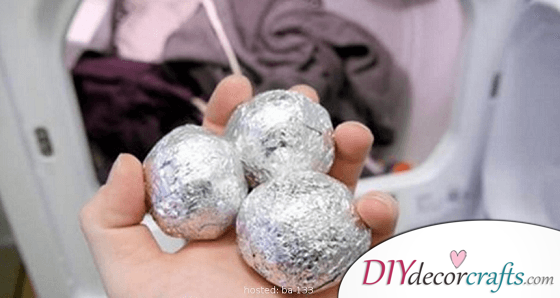 Simple Crafts Of Tin Foil Can Make Your Life Much Easier!