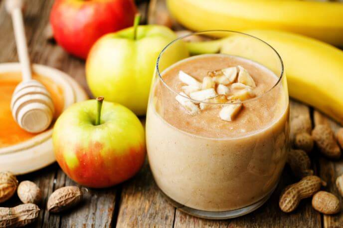 8 Drinks to Boost Metabolism and Tone Up Your Body, apple smoothie