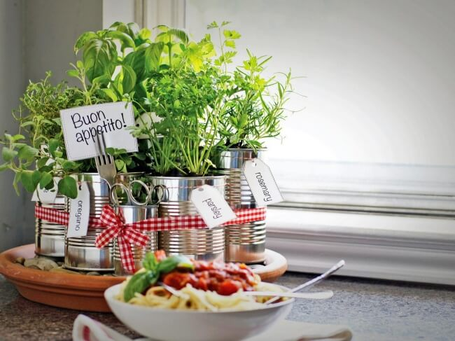 Ten Easy Ways to Design Your Own Kitchen in Less Than an Hour, herb garden project