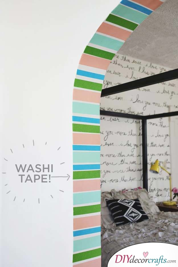 10 Amazing DIY Dorm Room Ideas To Spice Things Up Next Semester, Stripe Doorway With Washi Tape