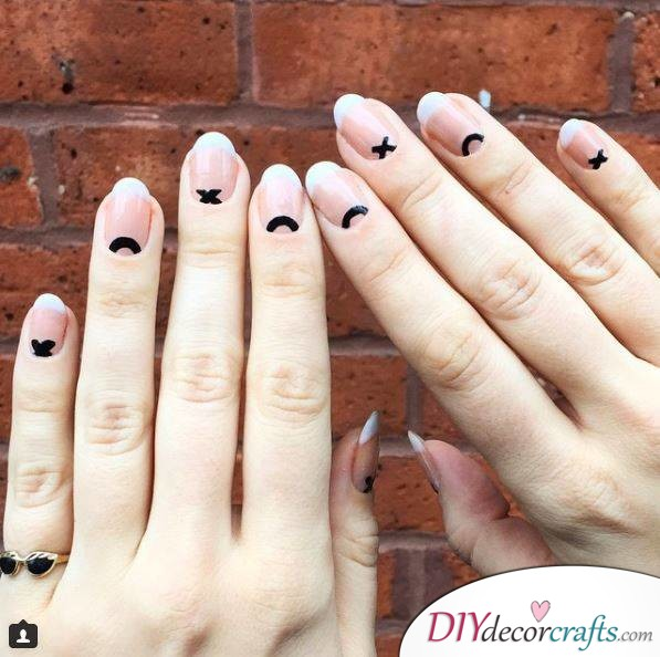 10 Best Nail Designs For A Date Night, X And O Moons