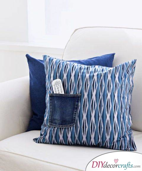 10 Simple DIY Home Decor Ideas, Pillow Pocket