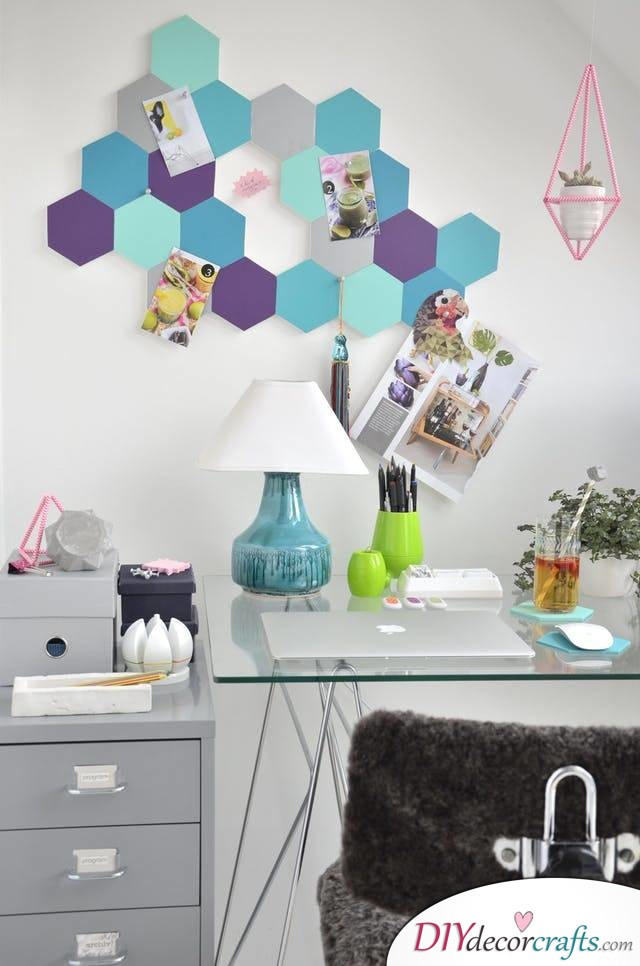 10 Wall Decor Ideas, Simple DIY Wall Decors, Honeycomb Pin Board