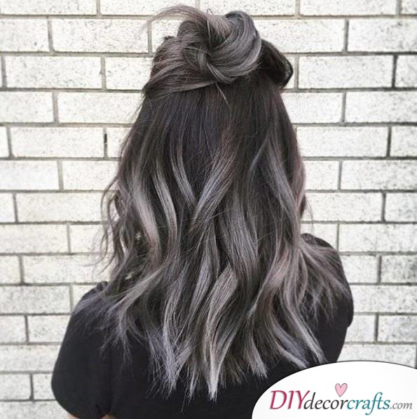 12 Fall Hair Color Ideas To Spice Things Up, Smokey Gray Ombré Hair