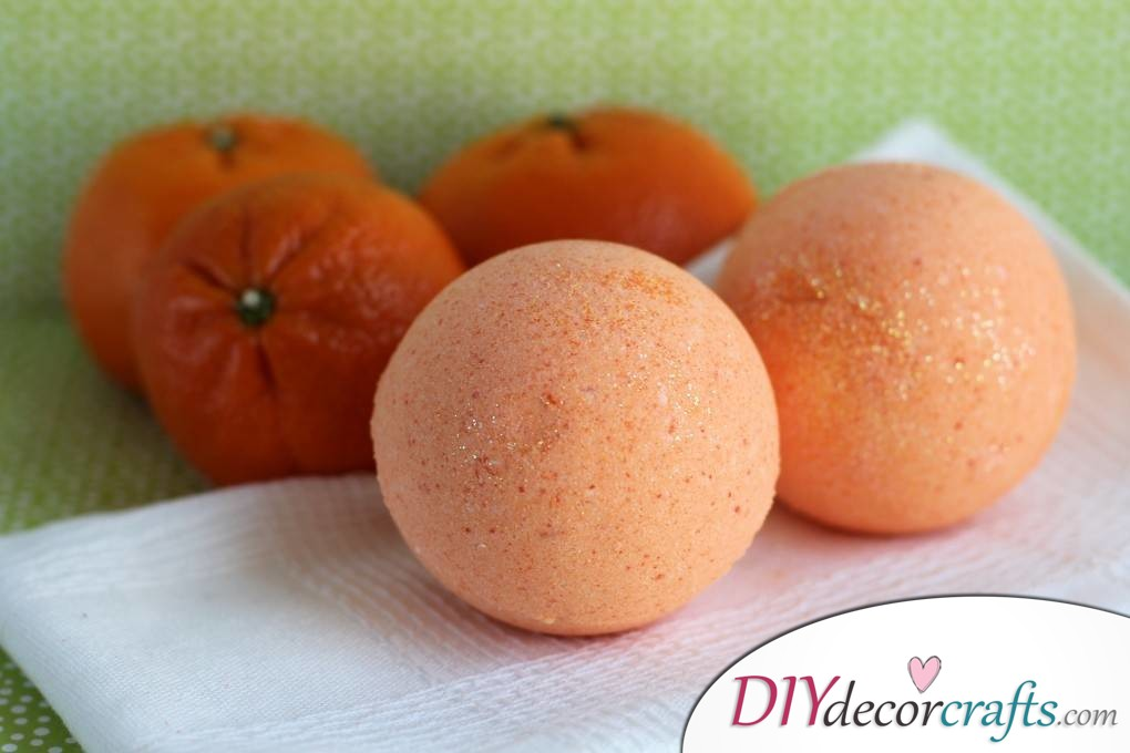 15 Homemade DIY Bath Bombs, Therapeutic Orange Bath Bombs