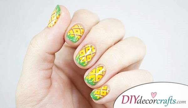 15 Trendy And Amazing Nail Designs Perfect For The Summer, Pineapple