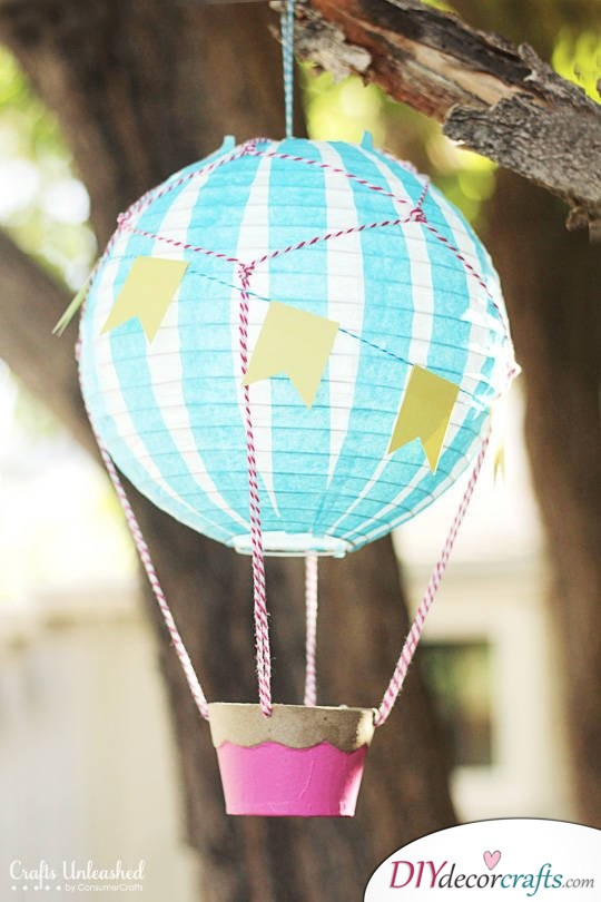 Simple DIY Party Decor Ideas For Any Occasion, Paper Hot Air Balloon