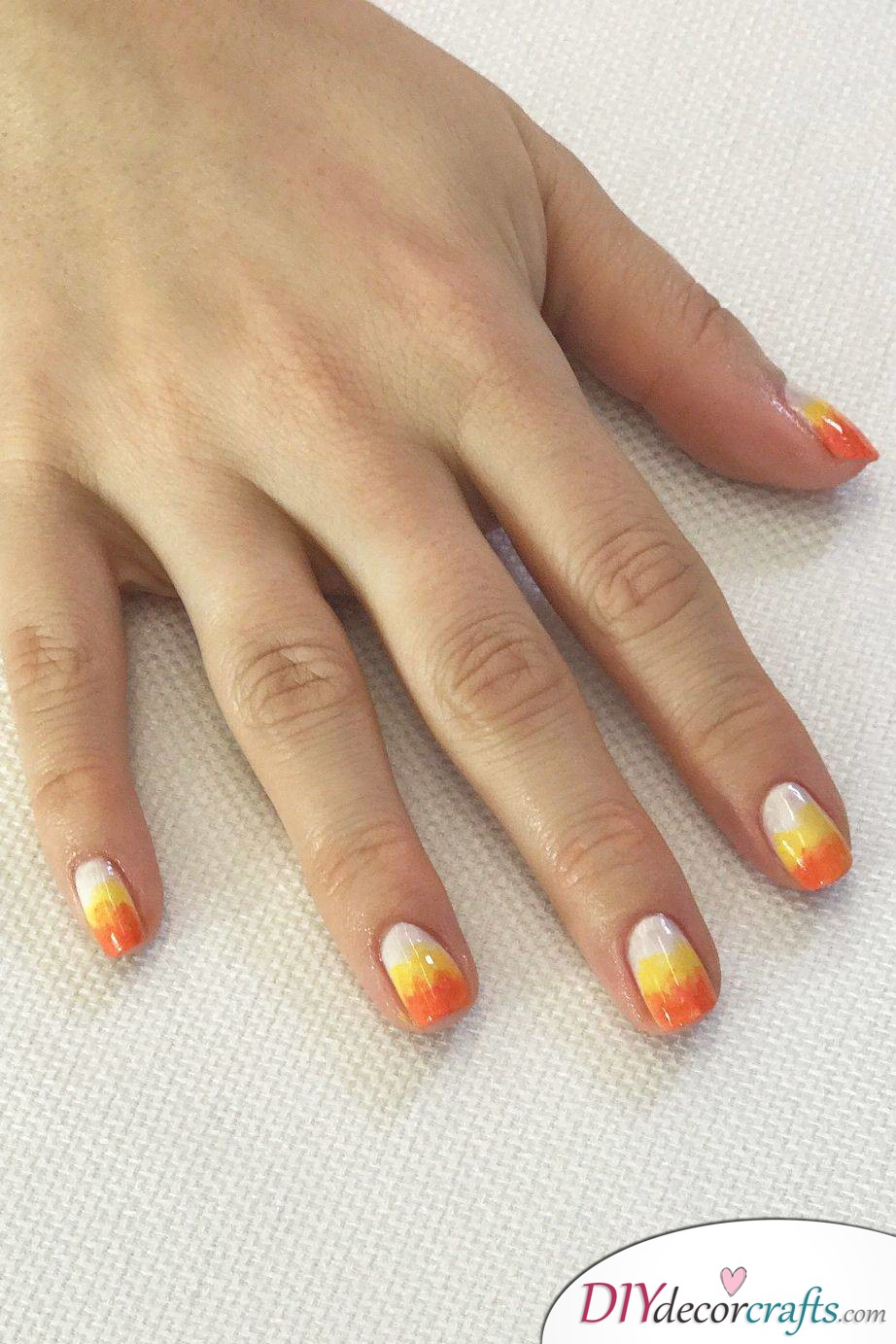 The Best Nail Art Ideas For Halloween, Candy Corn Ombré