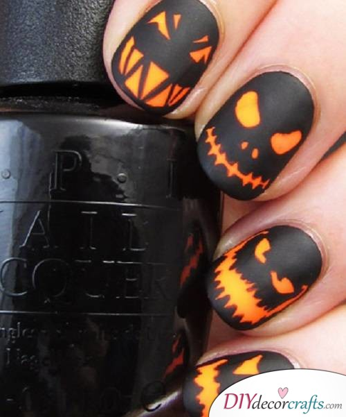 Jack-o'-Lanterns - DIY Halloween Nail Art Ideas