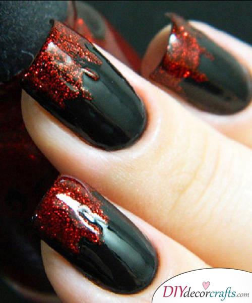 Vampire - DIY Halloween Nail Art Ideas