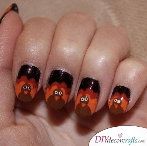 Party Turkey - Thanksgiving Nail Art