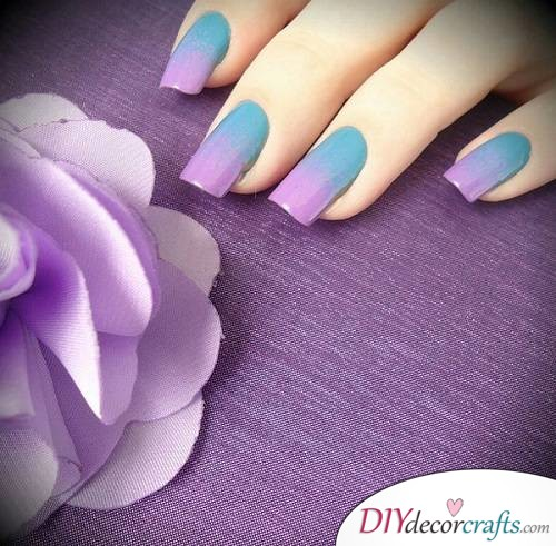 Purple Ombre - Ombre Nail Art