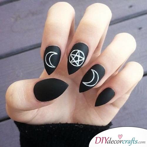 Simplistic Witch - Halloween Nail Art For Beginners