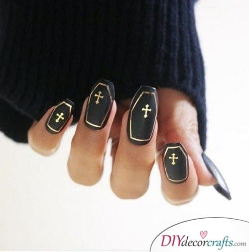 Coffin - Halloween Nail Art For Beginners