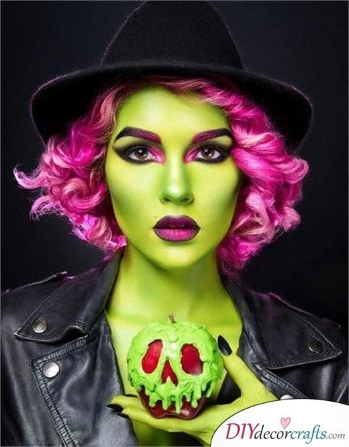 Evil Queen - Halloween Makeup Design
