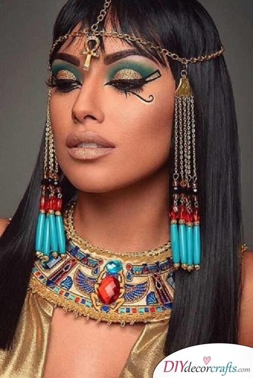 Cleopatra - Halloween Makeup Ideas