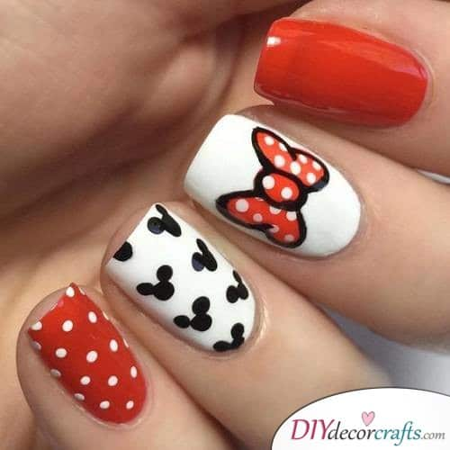 Mickey Mouse Variety - Disney Nail Art Design