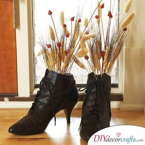 Witch Boots - Halloween Décor