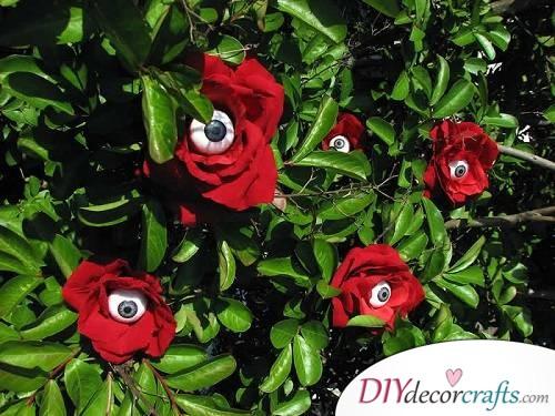 Eyeball Roses - Halloween Décor