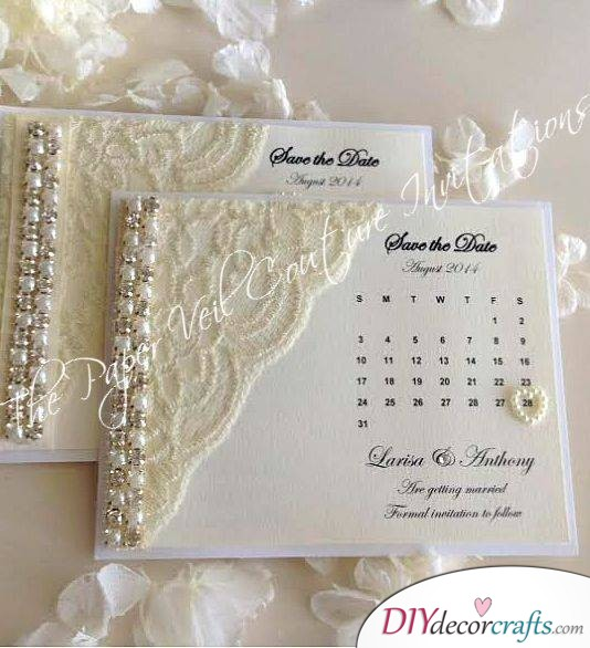 A Calender on the Invitation - Creative DIY Wedding Invitation Cards