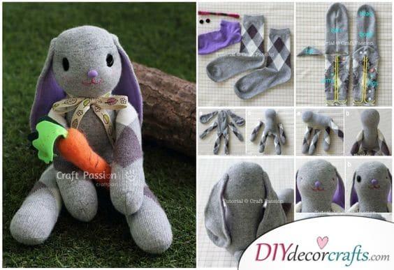 Sock Bunnies - DIY Cute Easter Bunny Crafts