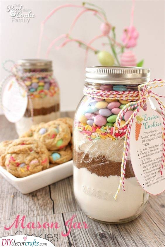 Mason Jar Cookie Mix - Easter Presents for Adults