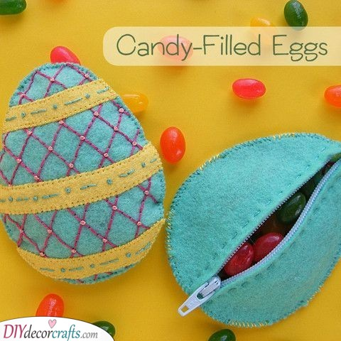 Embroidered Felt Eggs - Great Easter Gift Ideas for Kids