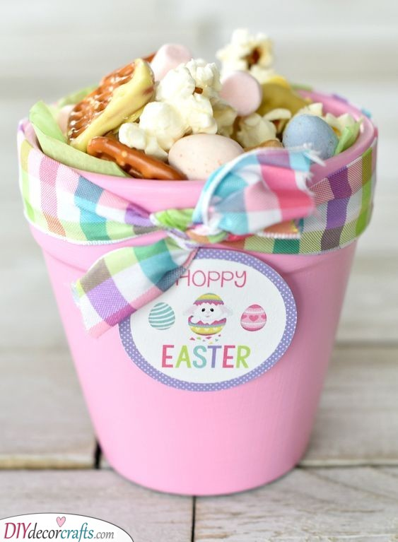 A Pot Full of Treats - Tasty Easter Presents for Kids