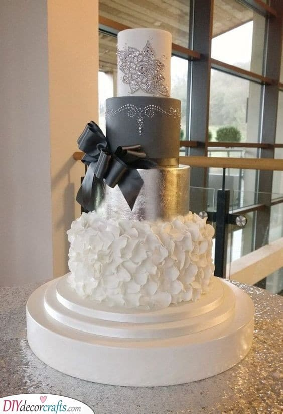 Cake Decor - Make Sure Your Cake is Silver