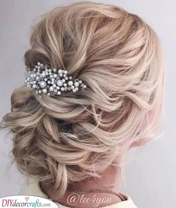 A New Twist on Wedding Hair - Hairstyles for the Mother of the Bride