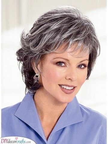 Simple and Elegant - Mother of the Bride Short Hairstyles