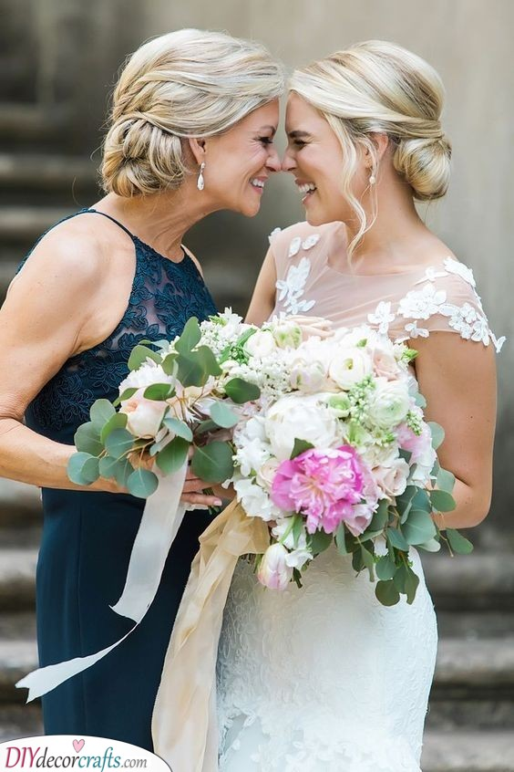Matching Hairstyles - Mother of the Bride Hairstyles