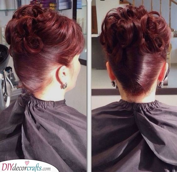 Great French Knot - With Curls