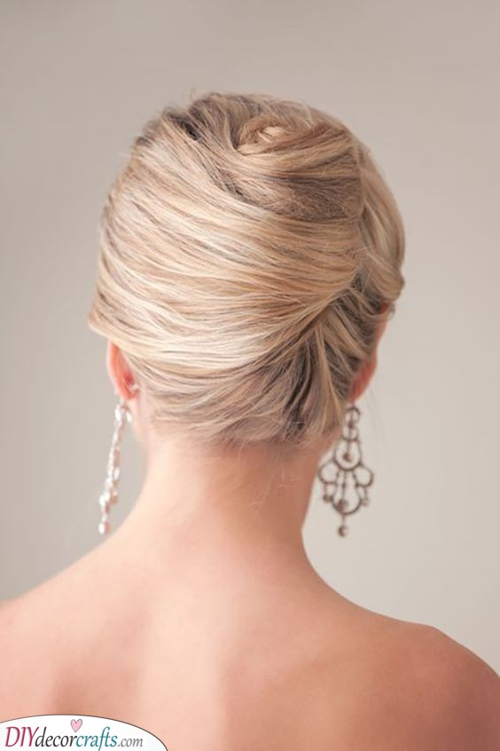 Simple French Twist - Elegance at Its Best