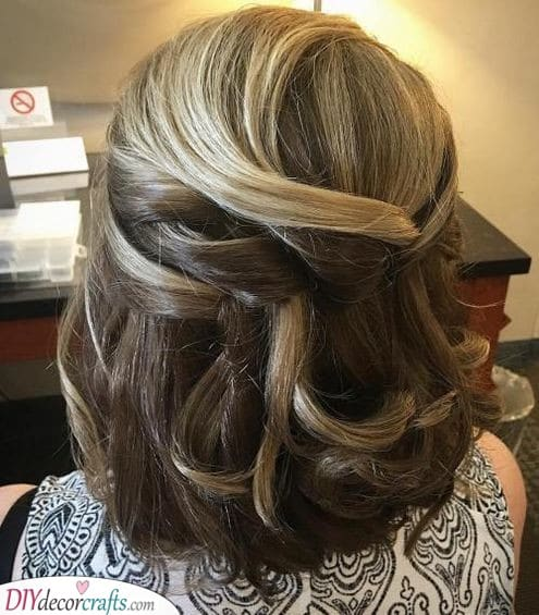Natural Hairdos - Mother of the Bride Hairstyles