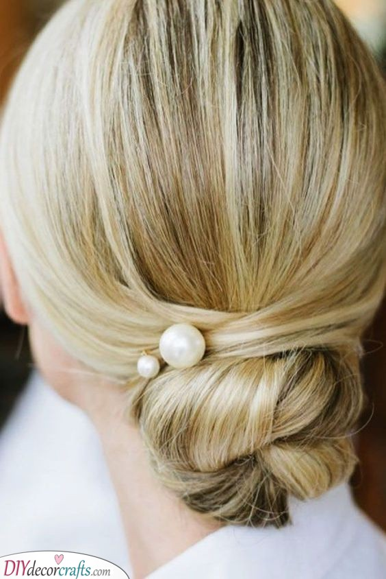 Sophisticated Twist - Elegant Mother of the Bride Hairstyles