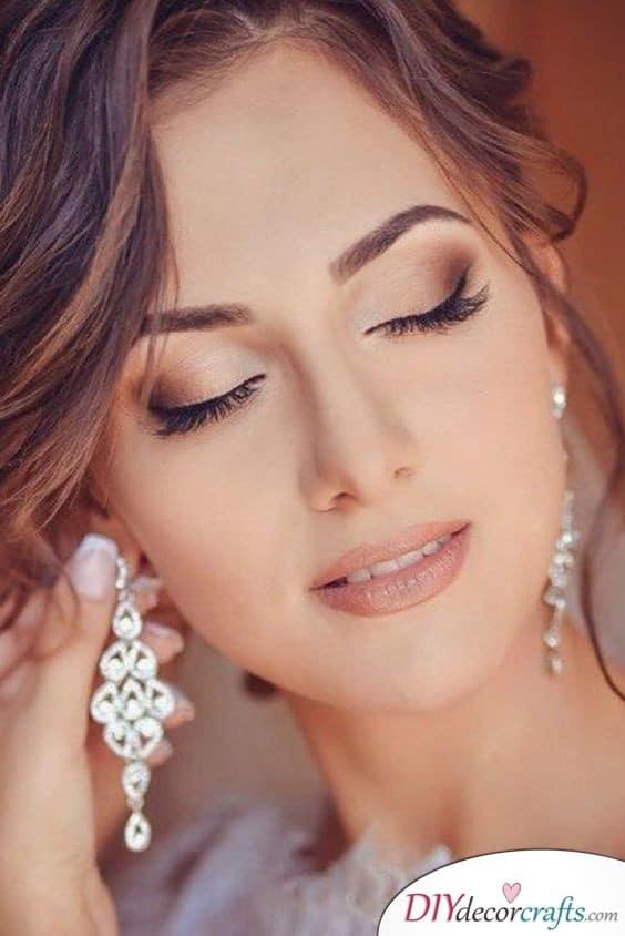 Bronze Shades - Wedding Makeup Ideas