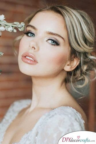 Elegant and Natural - Great Wedding Makeup Ideas