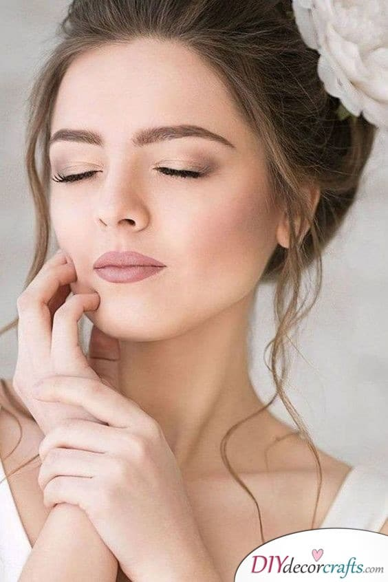 Pale Shades - Perfect Bridal Makeup Ideas