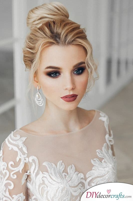 Stylish and Chic - Bridal Makeup Ideas