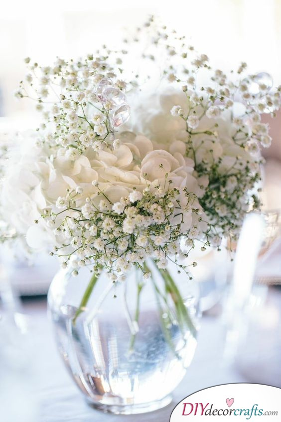 Clean and Pure - Simple DIY Wedding Centerpieces